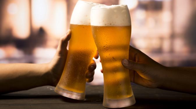 7 benefícios que o consumo de cerveja proporciona - capa